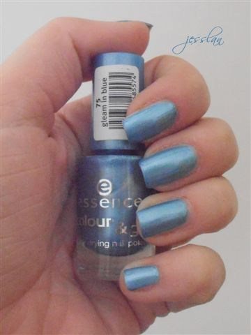 azzurro essence