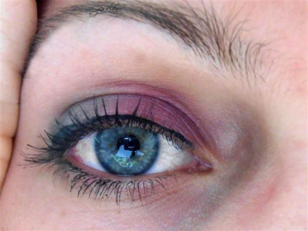 trucco rosa e grigio