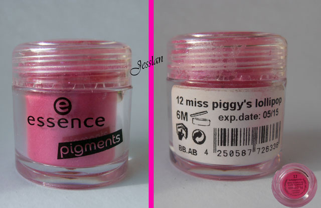 Miss Piggy's lollipop