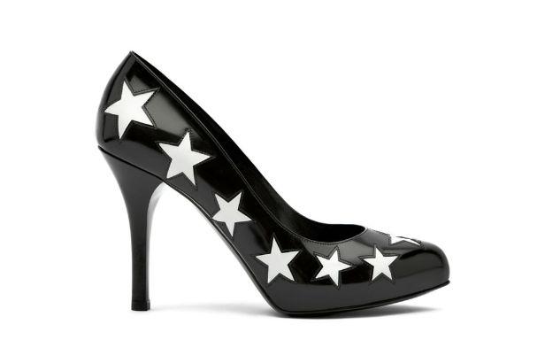 scarpa-con-stelle-bianche