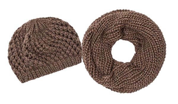 OVS - Sciarpa e cuffia - 12.99€ e 9.99€