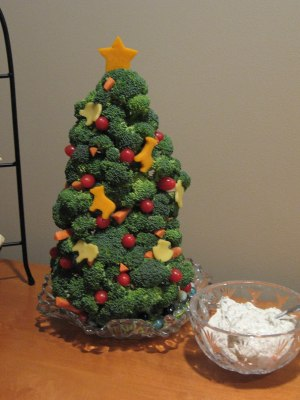 Broccoli Salad Christmas Tree