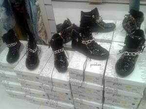 globo_scarpe_indecenti (10)