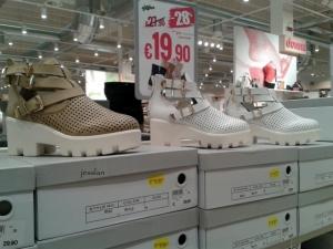 globo_scarpe_indecenti (3)