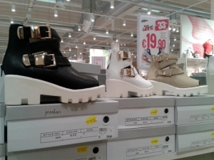 globo_scarpe_indecenti (4)