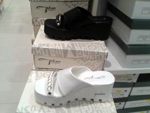 globo_scarpe_indecenti (5)