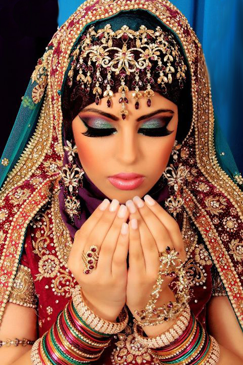 Latest-Arabic-Makeup-Of-Bridal