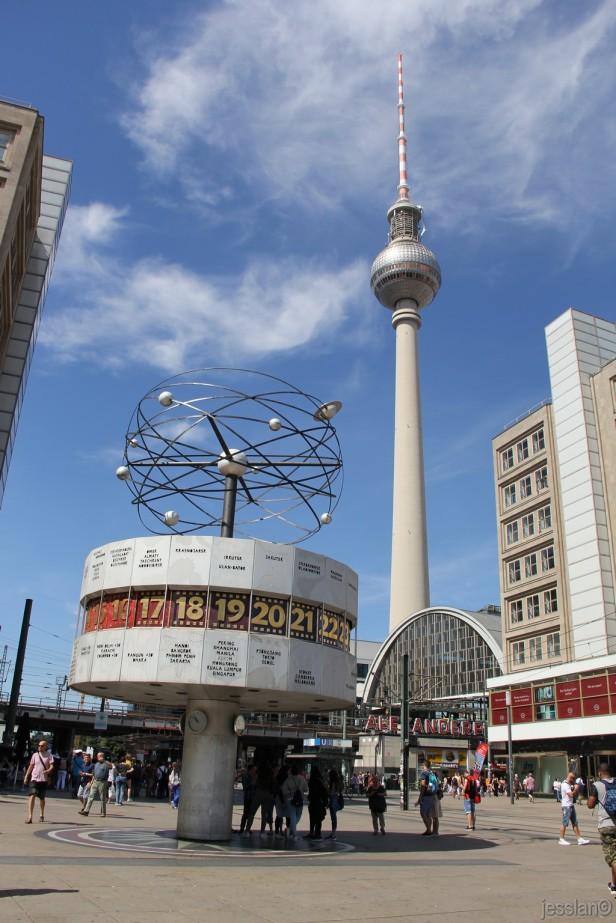 Berlino - Fernsehenturn in Alexanderplatz